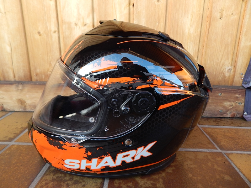 Prilba Shark Speed-R Duke vel.M, lehce jeta